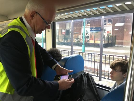 Handhaving in de trein